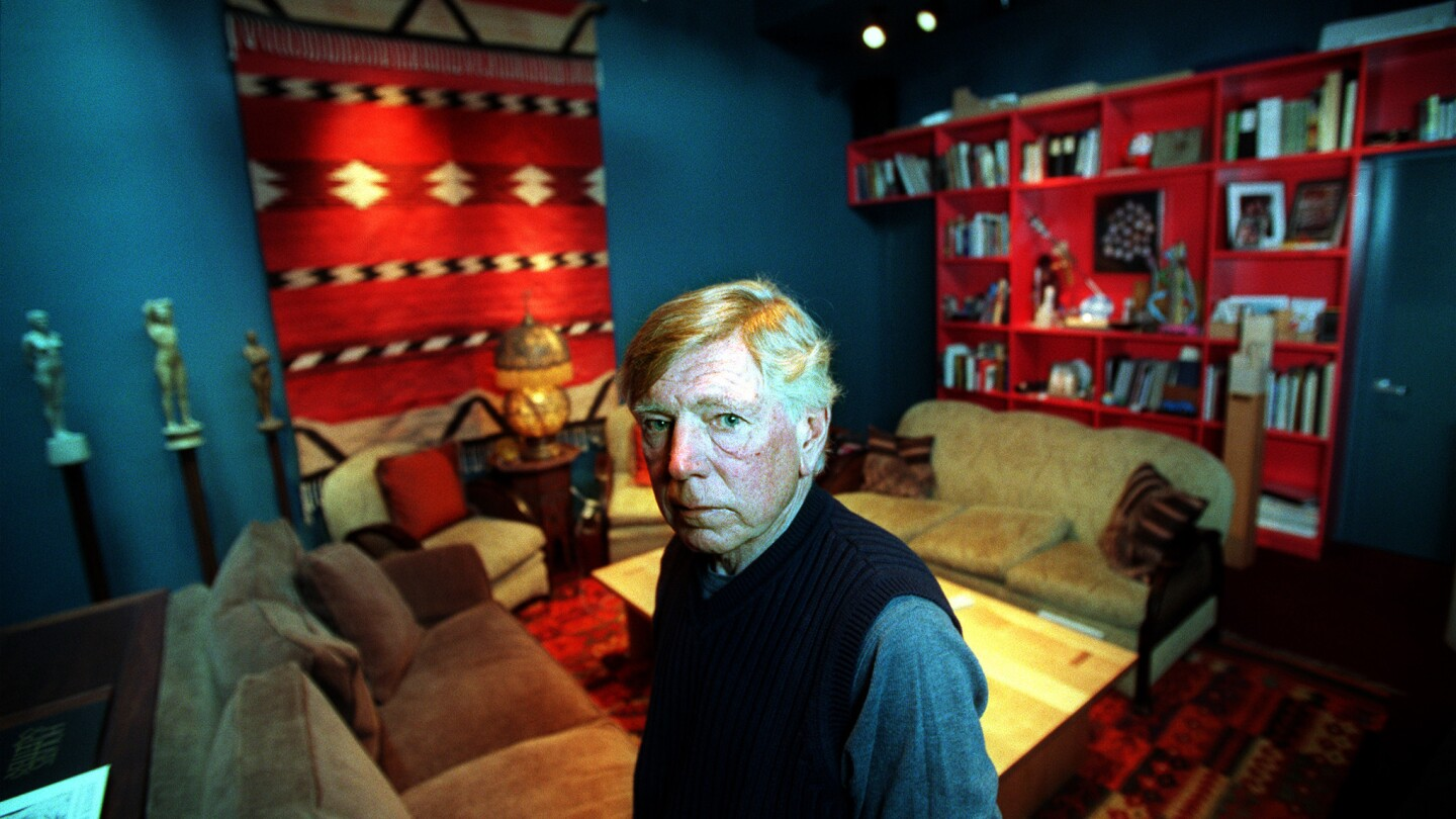 Los Angeles architect Jon Jerde redefined the shopping mall and other urban spaces in projects such as Universal CityWalk, Horton Plaza in San Diego and the 1984 L.A. Olympics.