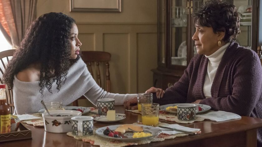 """Susan Kelechi Watson, left, as Beth, Phylicia Rashad as Carol in a scene from """"This Is Us."""""""