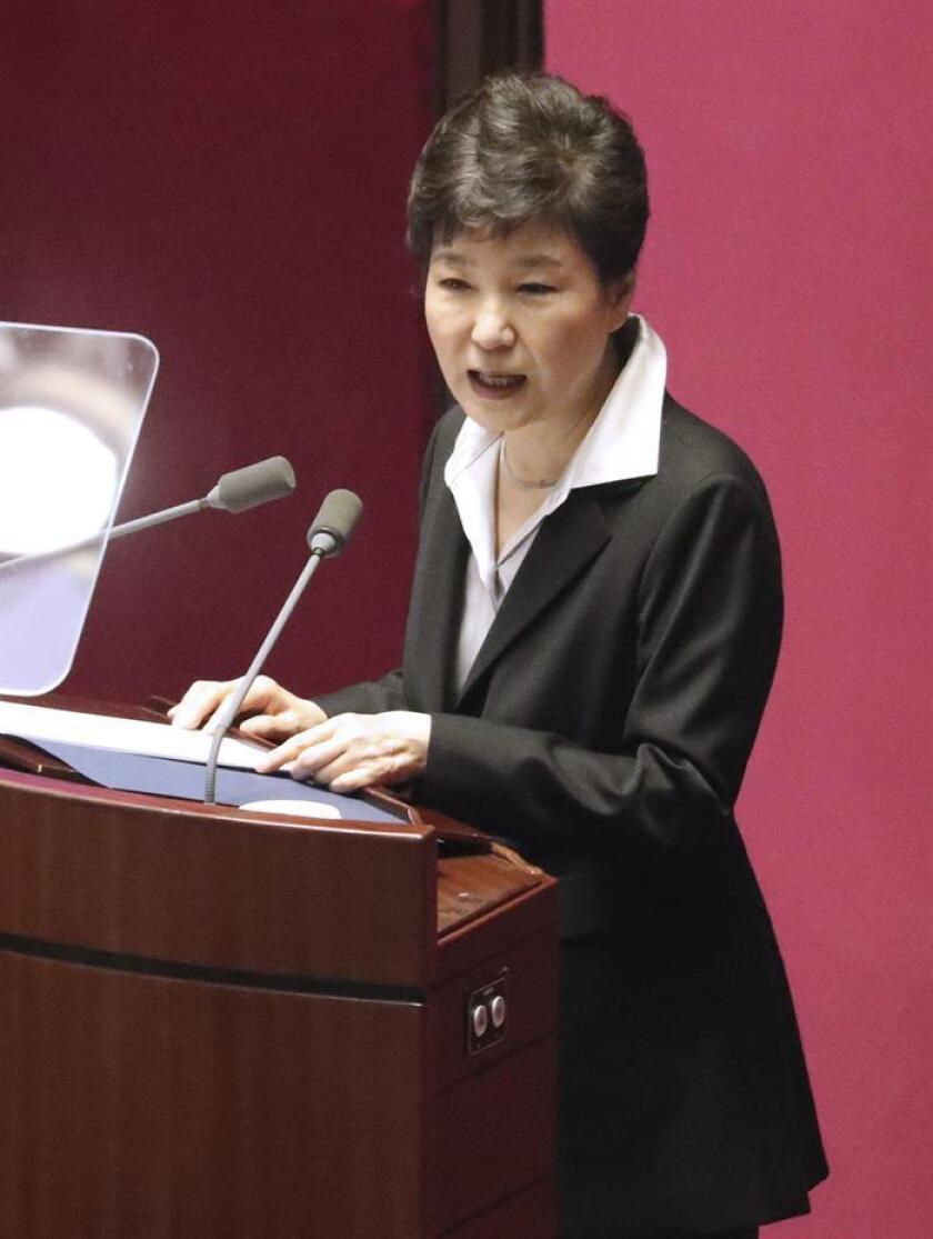 La presidenta de Corea del Sur, Park Geun-hye, pronuncia un discurso. EFE/Yonhap / PROHIBIDO SU USO EN COREA DEL SUR