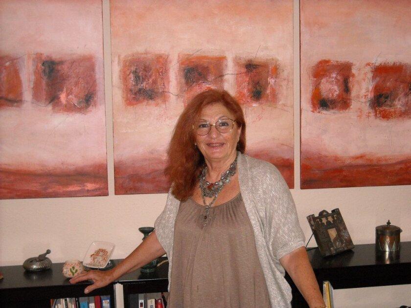 Artist Peggy Hinaekian