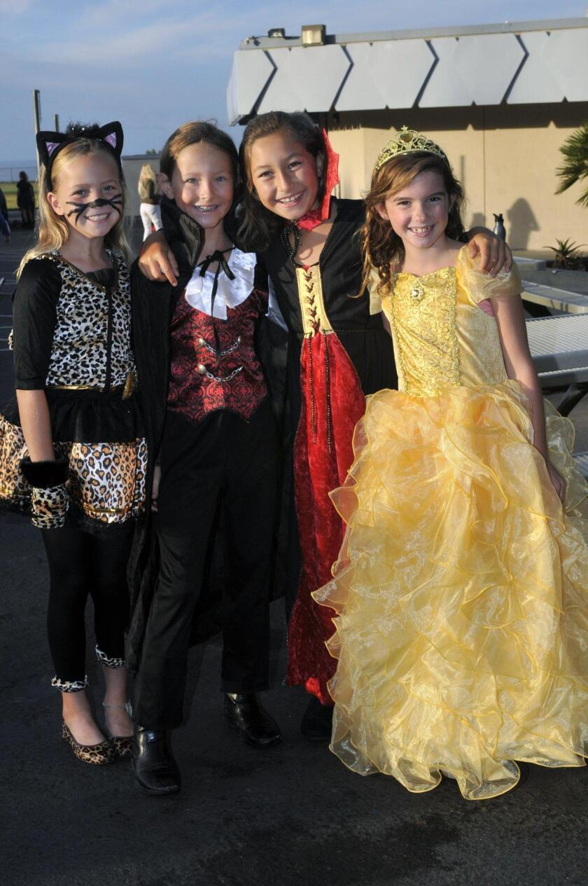 Del Mar Heights Halloween Parade