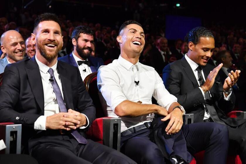 """Cristiano, Messi y Van Dijk, finalistas al premio FIFA """"The Best"""""""
