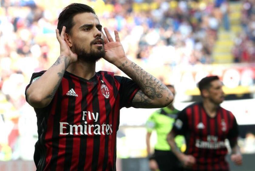 Suso, dolido por la expulsión que le impedirá jugar la Supercopa italiana