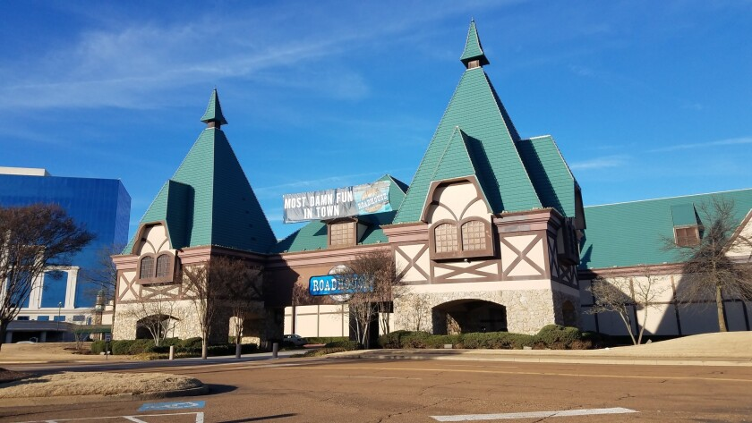 Tunica Roadhouse casino in Tunica, Miss. is closing at end of the month.