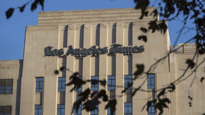 El edificio de Los Angeles Times en el centro de Los Ángeles. (David McNew / Getty Images)