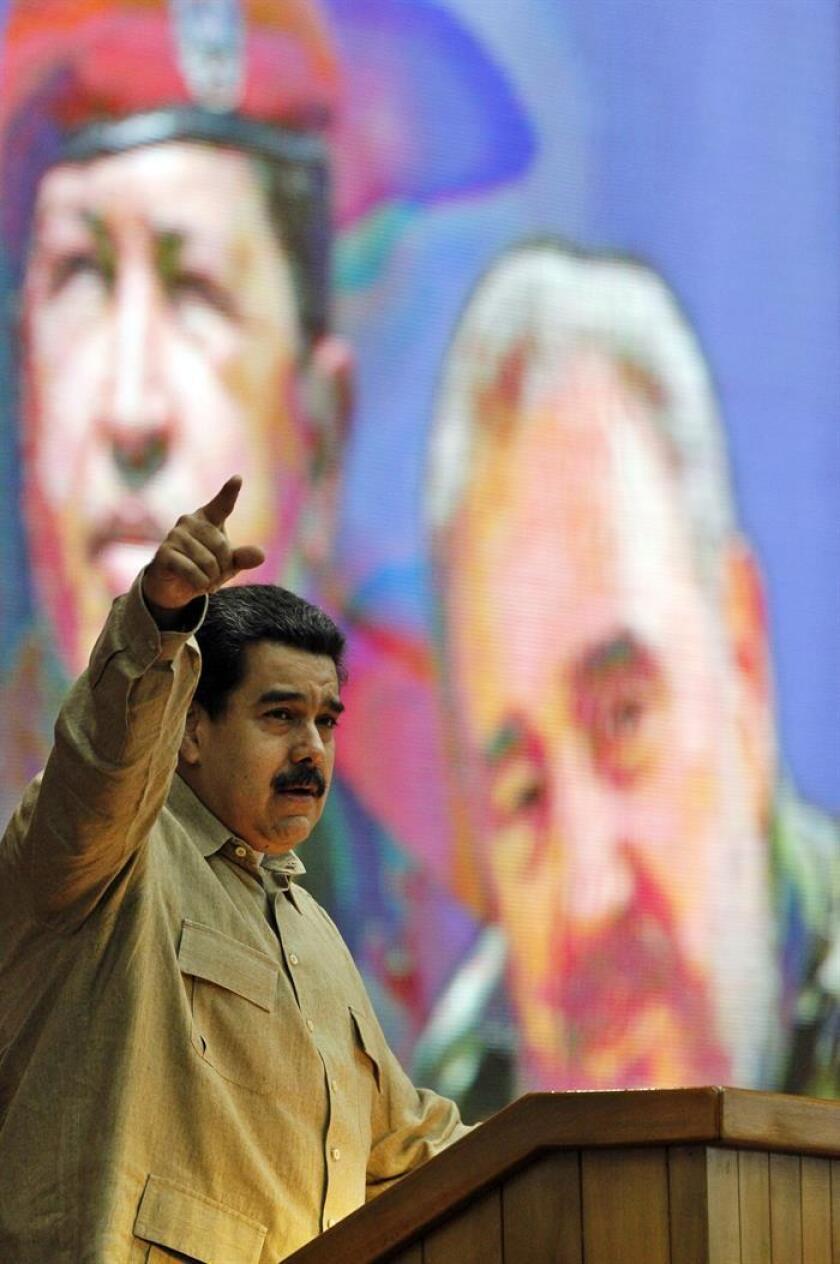 El presidente de Venezuela, Nicolás Maduro, habla en el Palacio de Convenciones de La Habana (Cuba). EFE