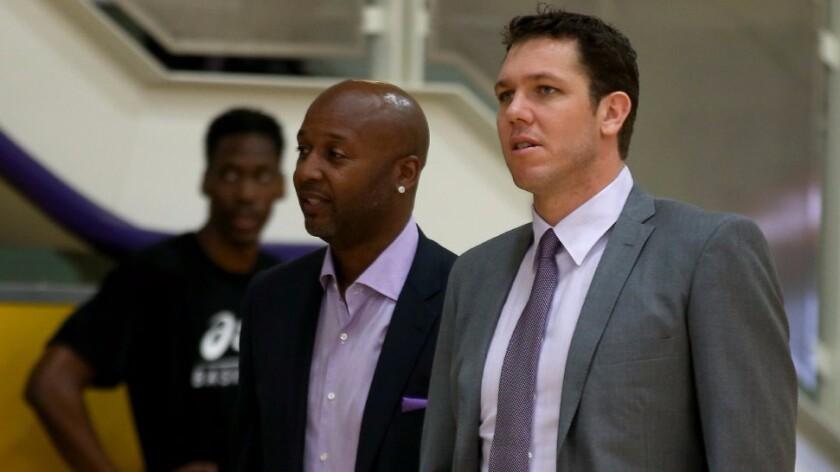 Luke Walton's Lakers coaching staff has familiar faces