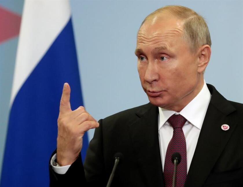 El presidente ruso, Vladímir Putin, ofrece una rueda de prensa. EFE/Archivo