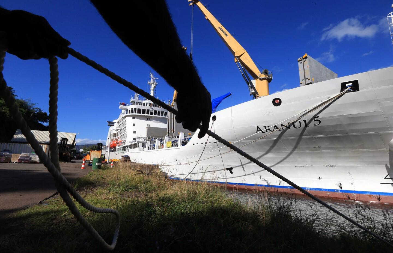Half cruise ship, half cargo:The Aranui 5 visits the Marquesas