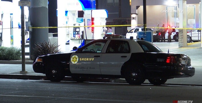 Man armed with gun fatally shot by deputy after Hyde Park traffic stop, authorities say