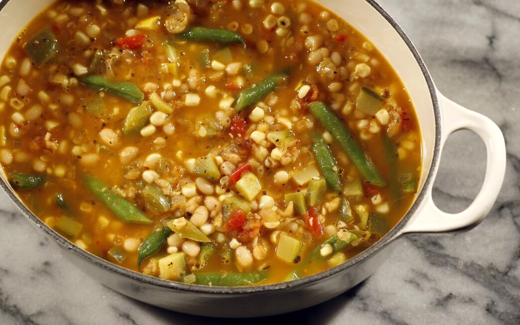 Squash and bean stew with merken