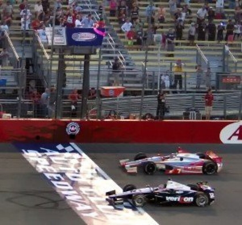 Will Power takes the pink flag to start the race