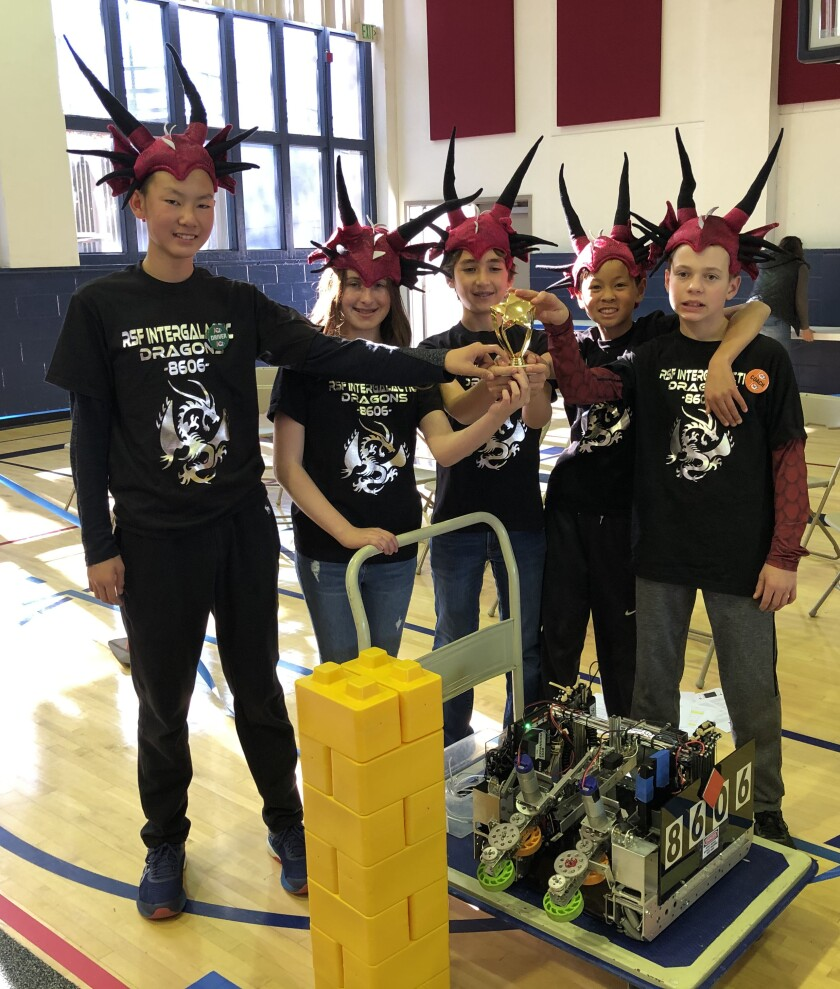 First place trophy winners: Rowe team #8606 Intergalactic Dragons