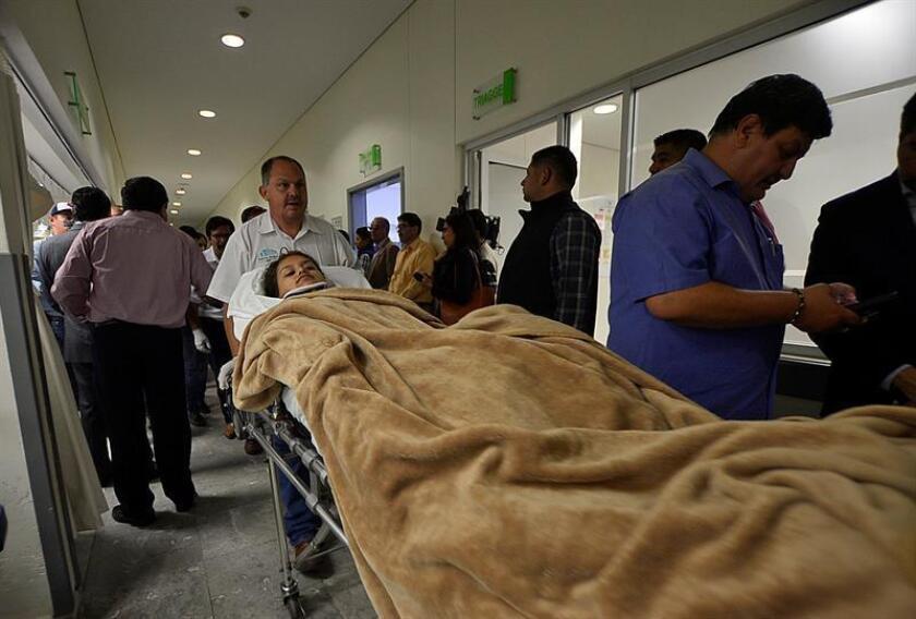Once de los 103 ocupantes del avión que se accidentó del martes en el estado de Durango, norte de México, permanecen bajo atención médica y seis fueron dados de alta este viernes, informó hoy la compañía Aeroméxico. EFE/ARCHIVO