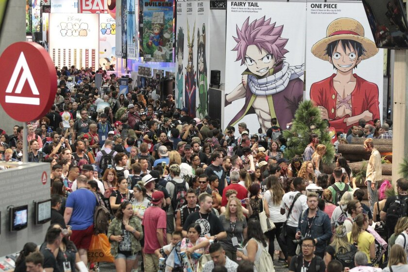 Let the madness begin! The exhibition hall during Comic-Con's Preview Night.