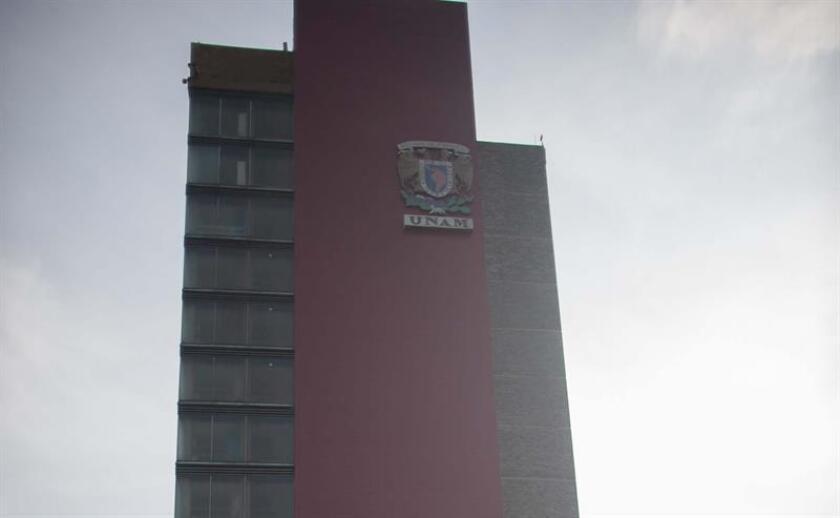Vista general de la torre de Rectoría de la Universidad Nacional Autónoma de México (UNAM), ubicada en la capital mexicana. EFE/Archivo