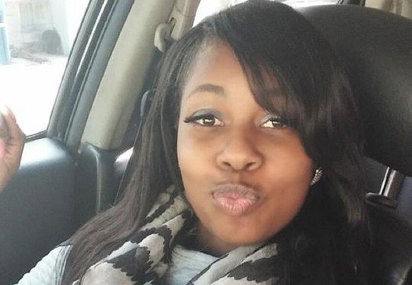 Photo of new FBI 10 Most Wanted fugitive Shanika Minor of Milwaukee, Wisconsin.