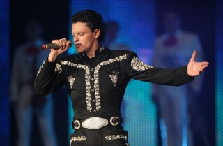 Pedro Fernández en los ensayos de los Premios Billboard de la Música Latina