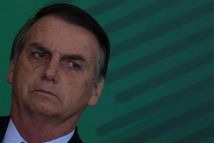 """Brazilian President Jair Bolsonaro met here Wednesday with a Chinese envoy and assured him that he wants to """"expand bilateral relations"""" regardless of ideological differences between the two countries, an official source said. Brasilia, Brazil. Jan. 2, 2018. EPA-EFE/Joedson Alves."""