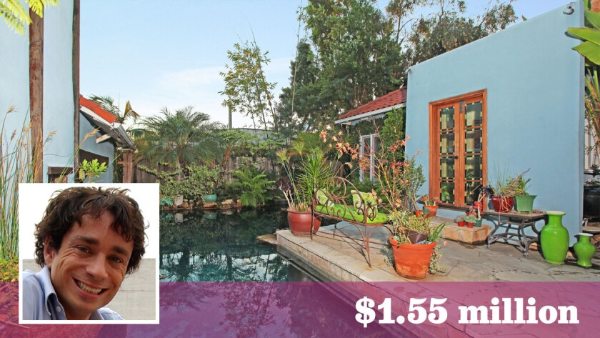 Saturday Night Live alum Chris Kattan has sold his Hollywood Hills home for $1.55 million.