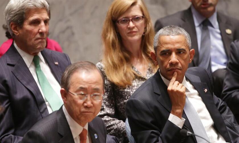 El presidente estadounidense, Barack Obama (d), la emebajadora estadounidense ante la ONU, Samantha Power (2d), el secretario de Estado de EE.UU., John Kerry (i), y el secretario general de Naciones Unidas, Ban Ki-moon (2d), asisten a una reunión de alto nivel del Consejo de Seguridad de Naciones Unidas. EFE/Archivo