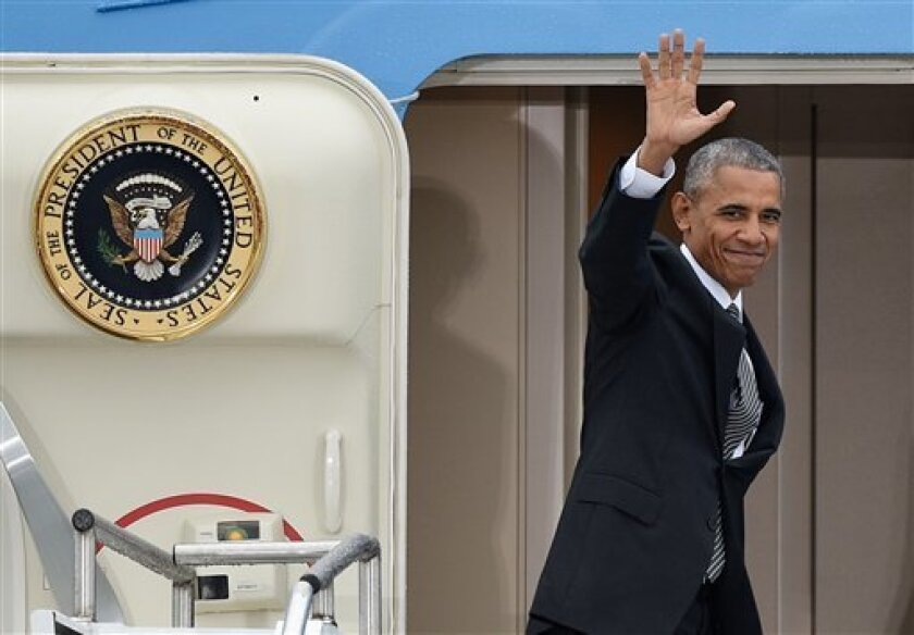 El presidente de EE.UU., Barack Obama, llegó hoy a Perú para participar en su última cumbre del Foro de Cooperación Económica Asia Pacífico (APEC), tras haber visitado Grecia y Alemania dentro de su gira internacional de despedida.