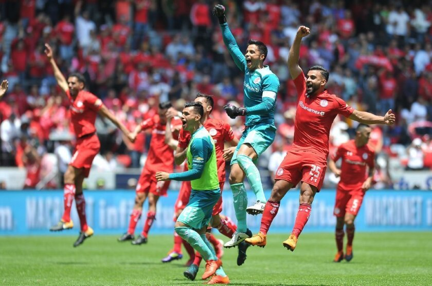 Toluca sigue ENCENDIDO, doblega a Tigres para séptima victoria al hilo