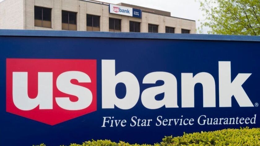 A U.S. Bank branch in Omaha. The Minneapolis-based bank said this week it will offer small, quick loans to borrowers, making it the first major bank to reenter that market. Many banks stopped making small consumer loans in 2014.