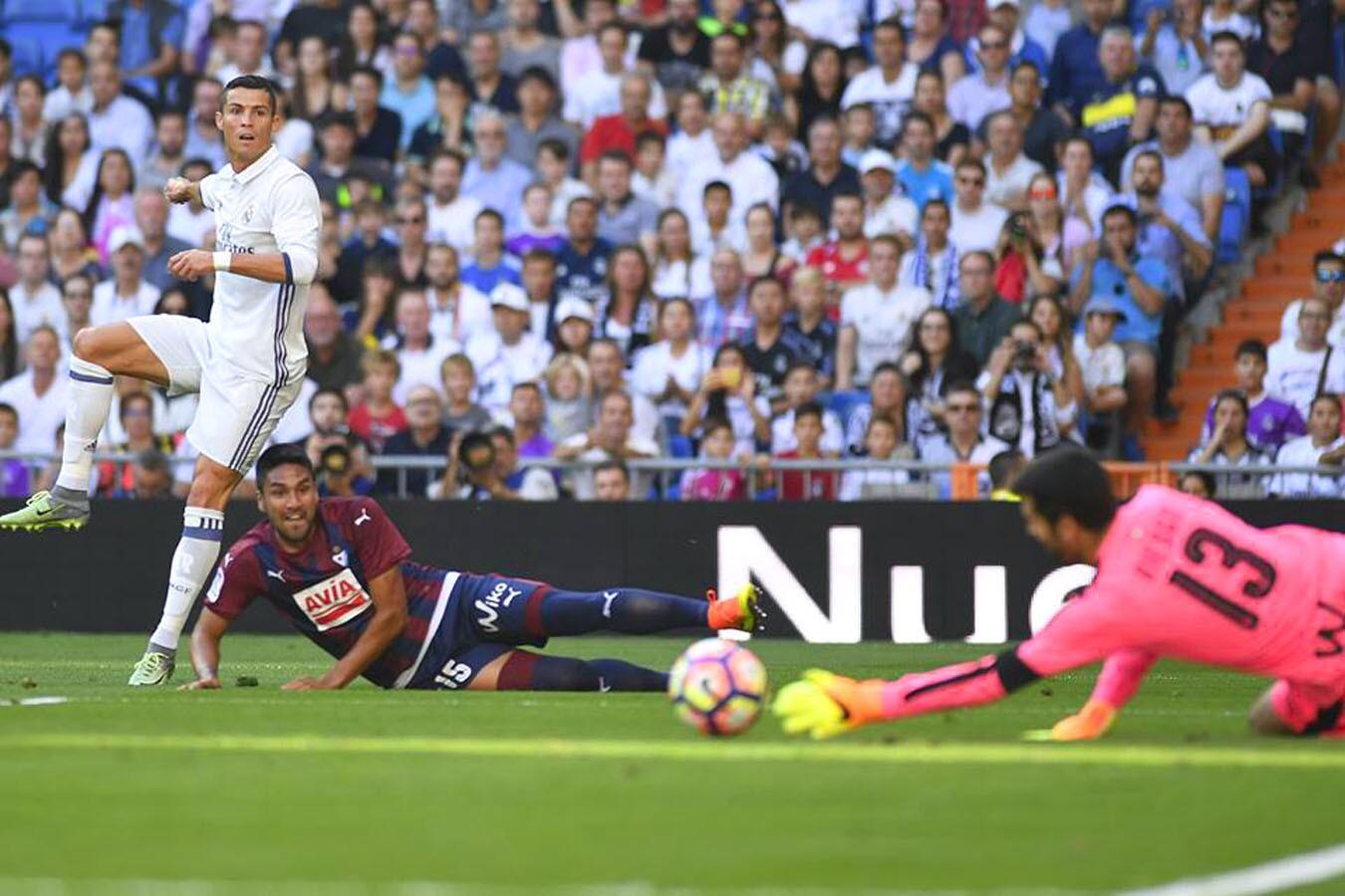 Se registró el cuarto empate seguido del Real Madrid, 1-1 con el visitante Eibar, que frenó sus aspiraciones de subir más en la clasificación.