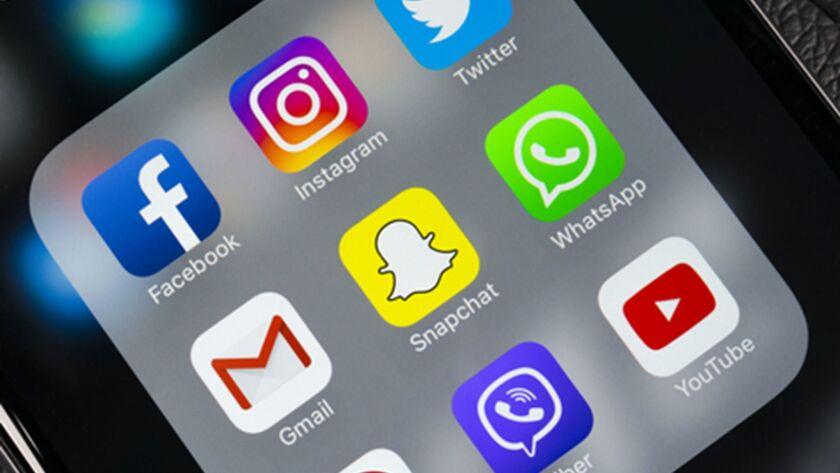 Propaganda, lies and social media: Harvard's Nicco Mele on