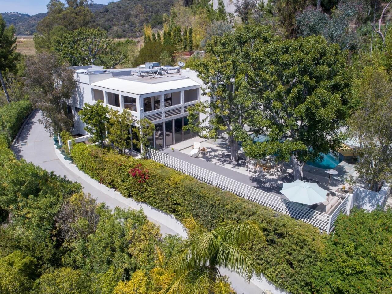 Reginald Hudlin's Beverly Hills home | Hot Property
