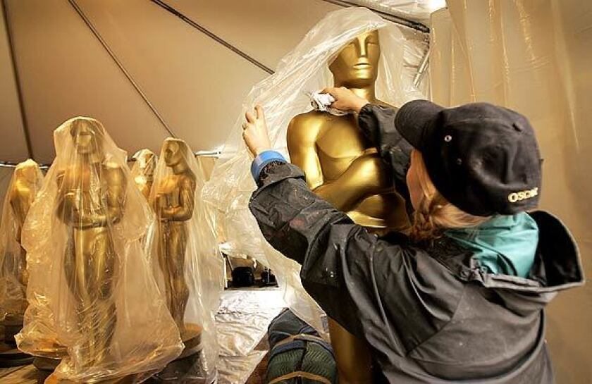 Among the Oscars scenes you don't see on TV.