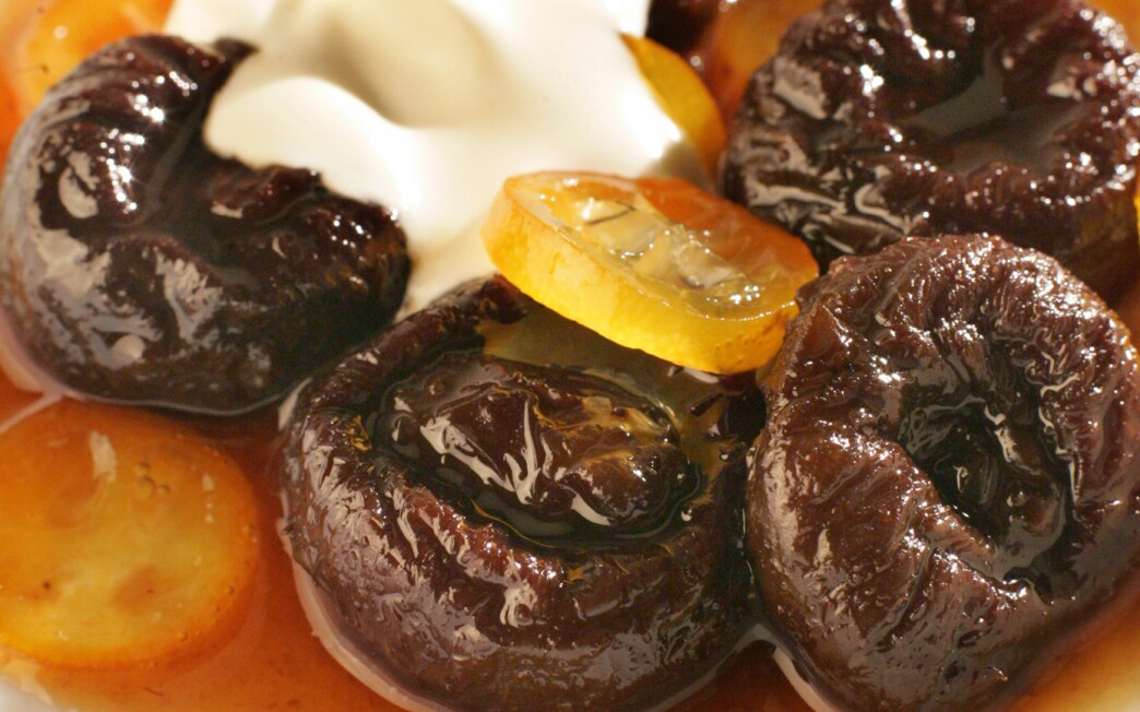 Earl Grey tea-poached prunes with glazed kumquats