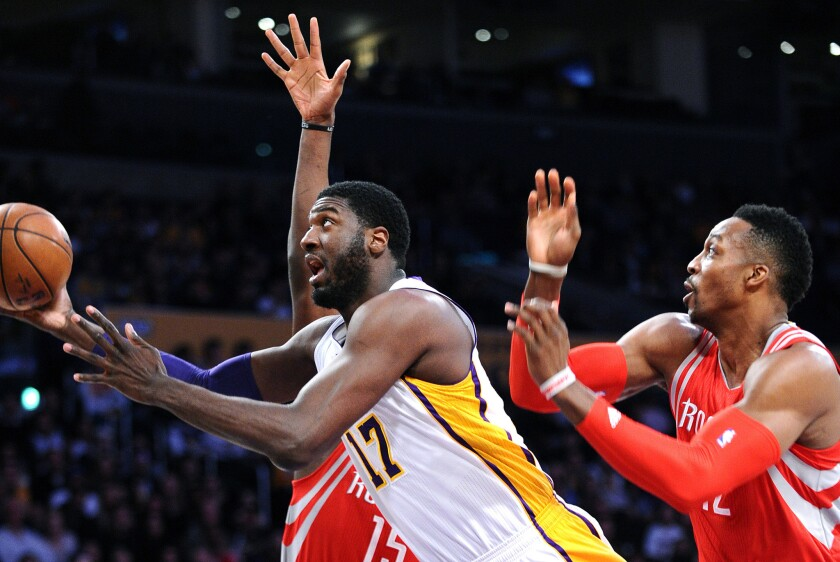 Lakers' Roy Hibbert goes about his business without fanfare or complaints