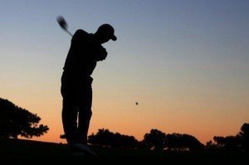 Tiger Woods plays at Torrey Pines. Photo/Mike Blake