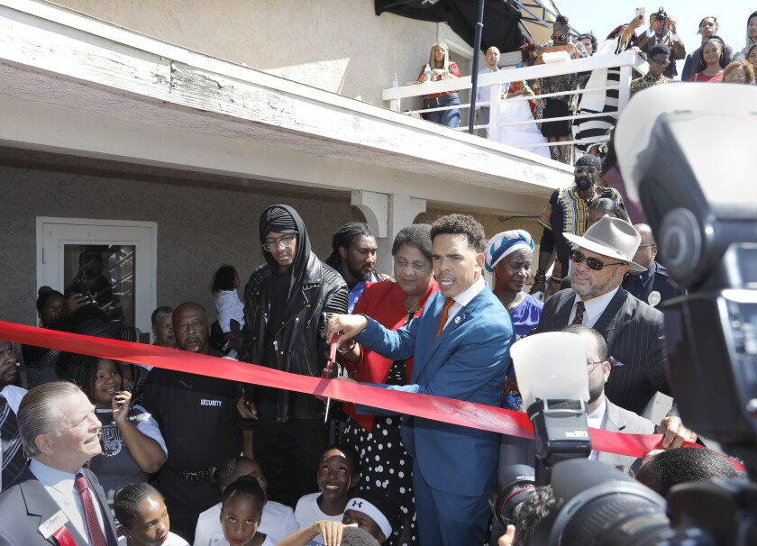 Actor Nick Cannon helps San Diego-based civil rights group celebrate new home - The San Diego Union-Tribune
