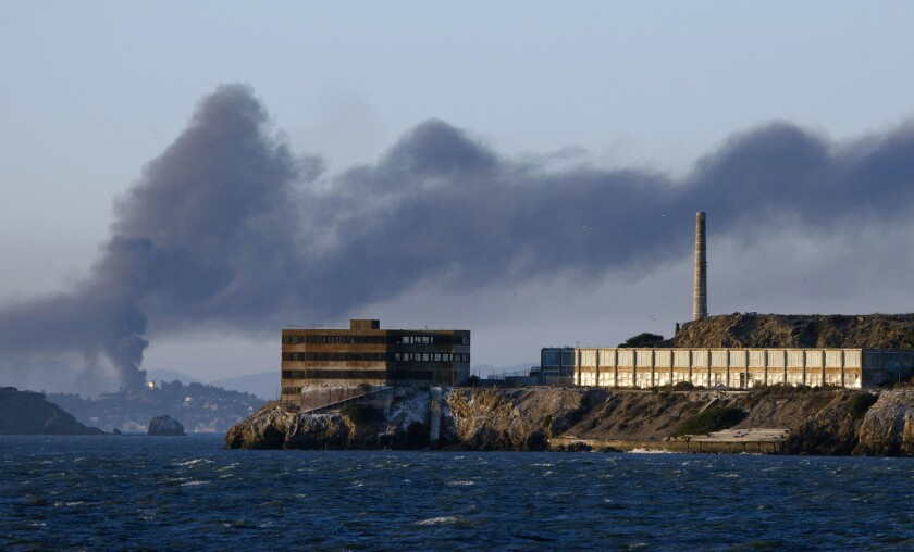 APphoto_Refinery Fire