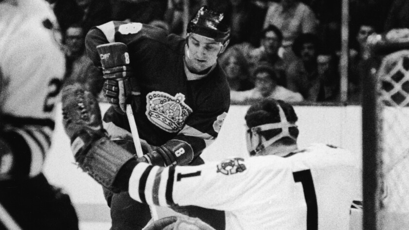 Former Kings forward Ross Lonsberry died Sunday. He was 67.