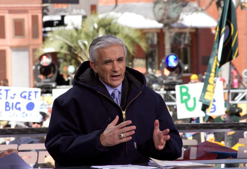 Raúl Allegre será parte de los comentaristas qeu narrarán el Super Bowl 50 en español.