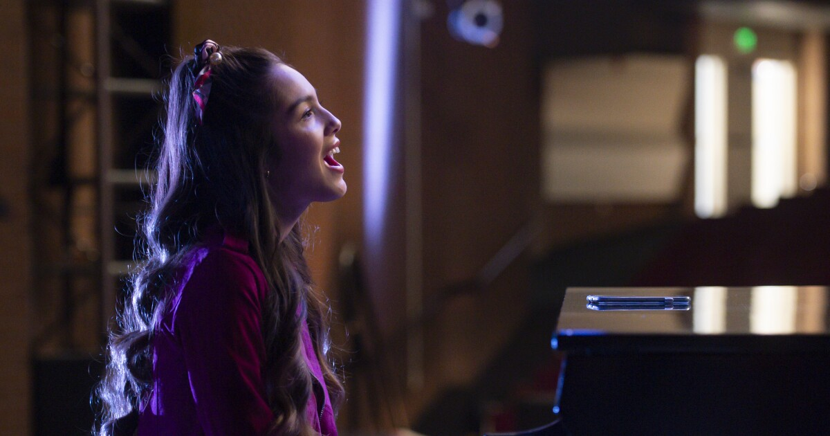 A new Olivia Rodrigo song is coming. Here's a sneak peek - Los Angeles Times