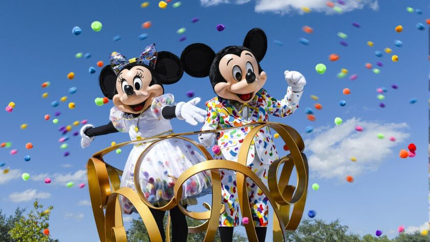 Disneyland Resort Mickey Minnie