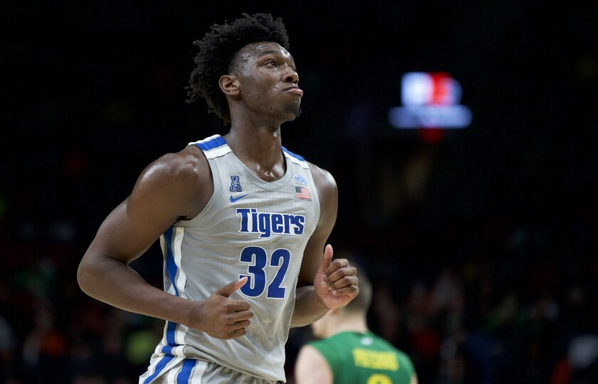 Memphis center James Wiseman runs off the court during a game against Oregon on Nov. 12, 2019.