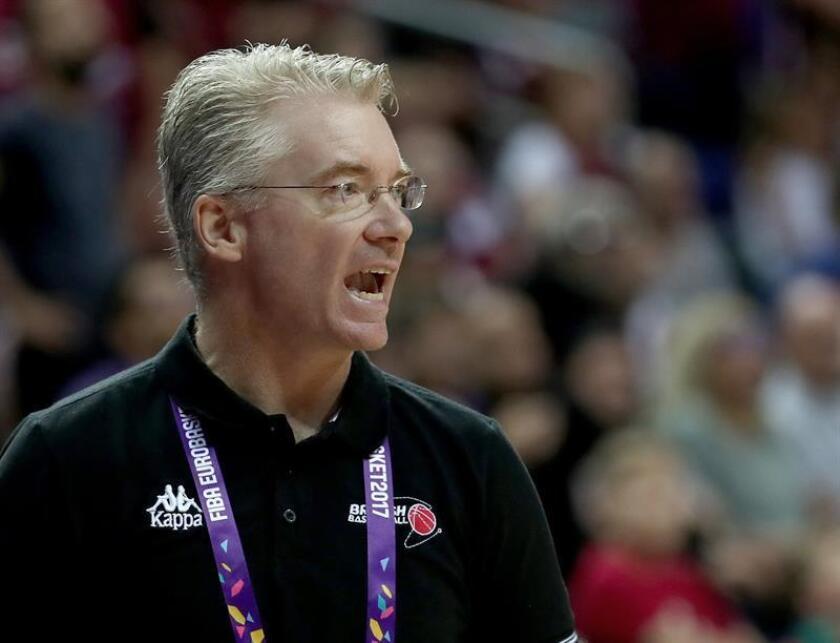 En la imagen, el nuevo asistente técnico de los Suns de Phoenix, Joe Prunty. EFE/Archivo