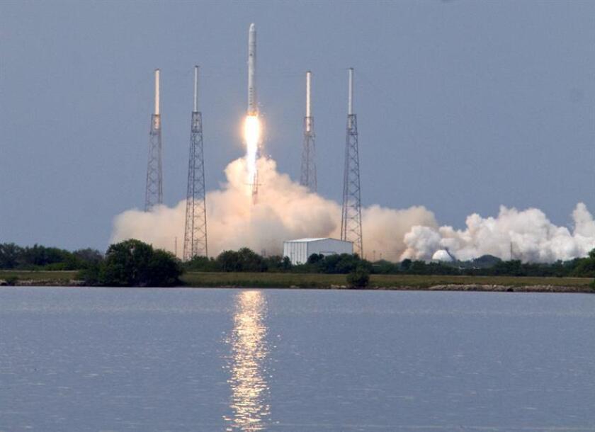 SpaceX pone en órbita el satélite español Hispasat 30W-6