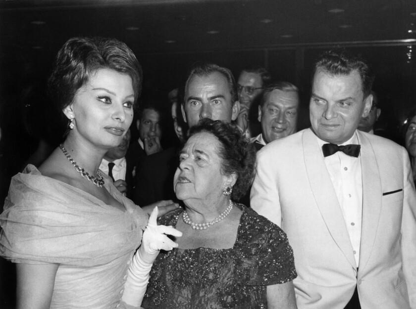 Sophia Loren, la periodista estadounidense Elsa Maxwell y el director del Festival de Cine de Berlín Dr. Alfred Bauer
