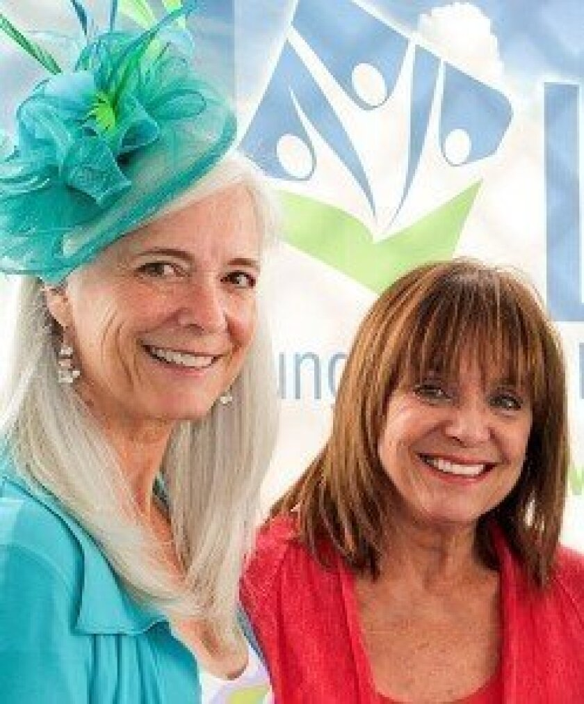 """Kim Norris with actress and lung cancer advocate Valerie Harper at the Lung Cancer Foundation of America's """"Day at the Races"""" event last year. Credit Semantha Norris"""