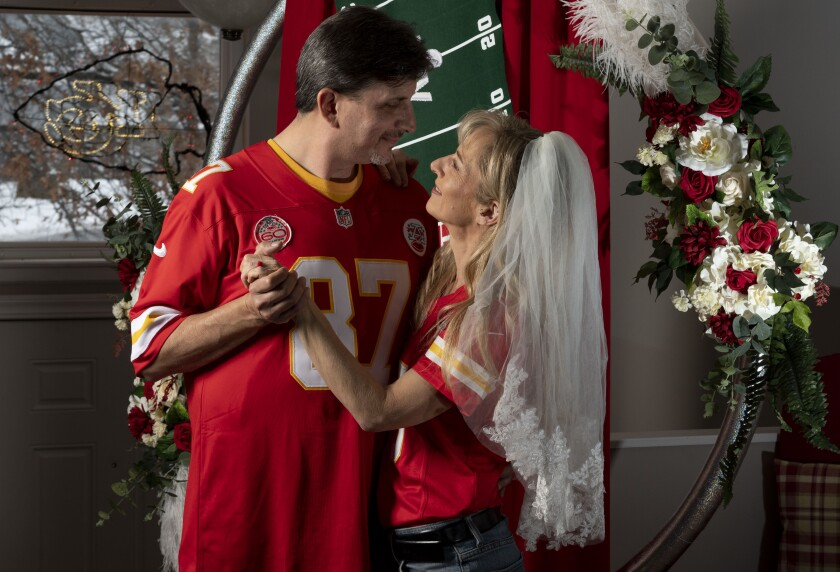 Rob Walkowiak and Nikki Bailey picked their wedding date, 0202 2020, because it is a palindrome. At the time, so far in advance, they didn't realize it was Super Bowl Sunday.