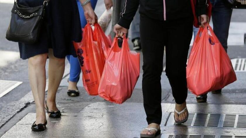 Proposition 67 would preserve California's plastic bag ban.