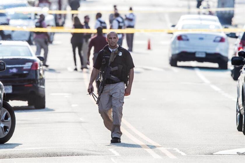 Un hombre armado que se había atrincherado con dos rehenes en una casa de Eustis, en el centro de Florida, murió a consecuencia de los disparos hechos por agentes policiales llegados al lugar, informaron hoy las autoridades. EFE/Archivo