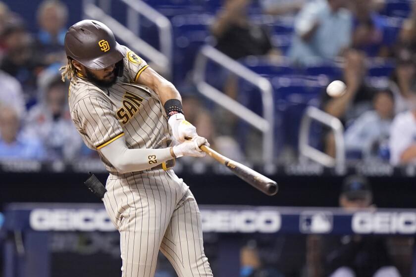 Fernando Tatis Jr. hits a solo homer against the Marlins
